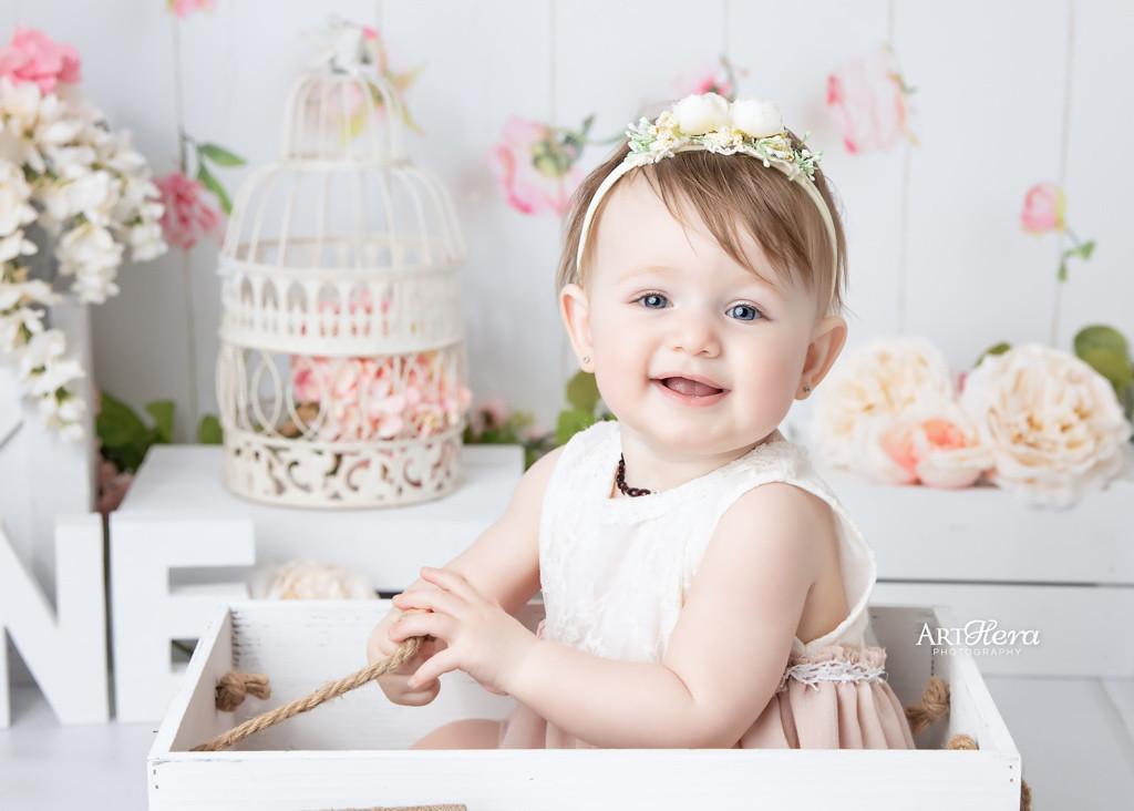 Surrey Cake Smash Photographer